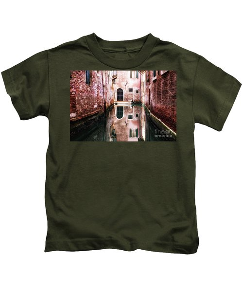 Secluded Venice Kids T-Shirt