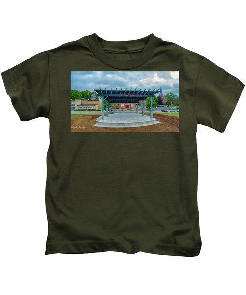 Shaboo Stage  Kids T-Shirt