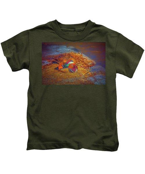 Sheltered #h4 Kids T-Shirt