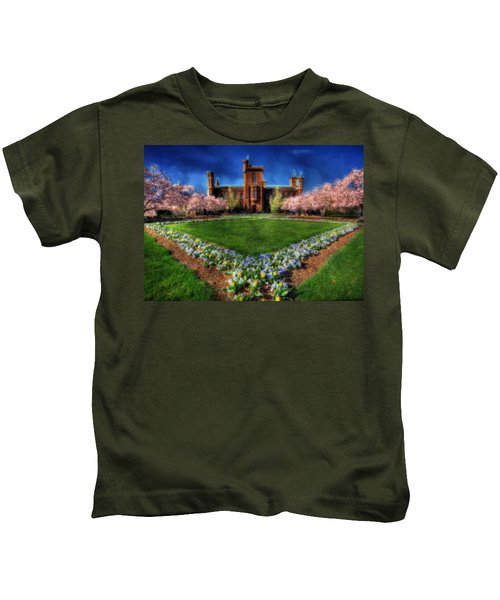 Spring Blooms In The Smithsonian Castle Garden Kids T-Shirt