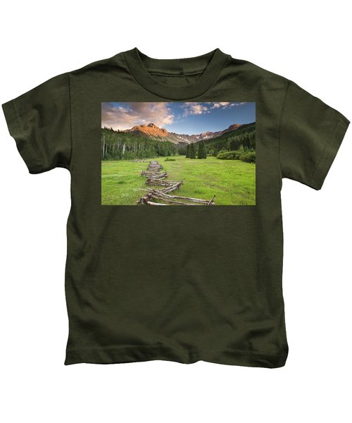 Sneffels Fence Horizontal Kids T-Shirt