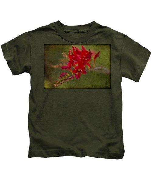 Splash Of Red. Kids T-Shirt
