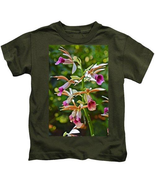 Spring Show 15 Nun's Orchid 1 Kids T-Shirt