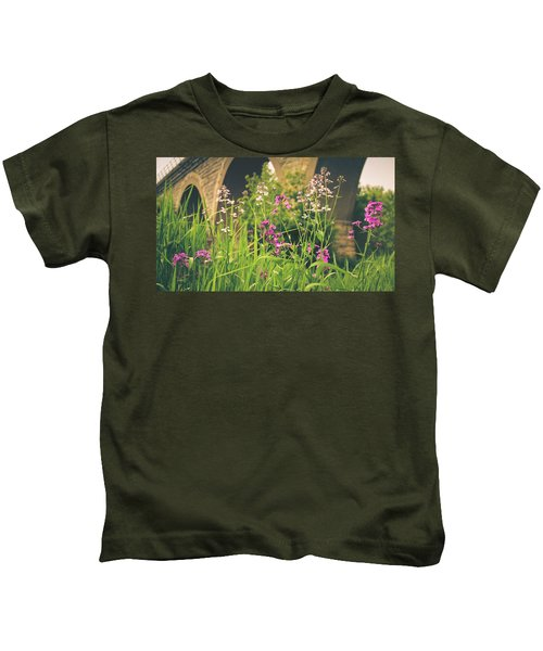 Spring Under The Arches Kids T-Shirt