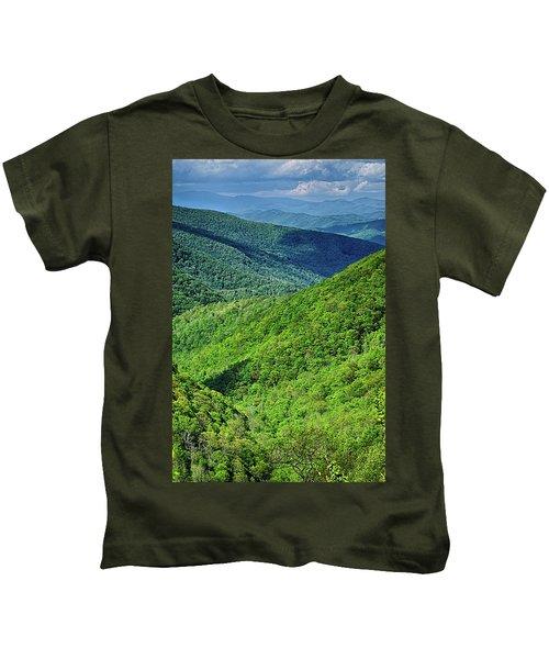 Springtime In The Blue Ridge Mountains Kids T-Shirt