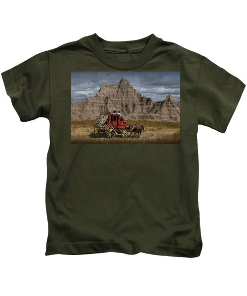 Stage Coach In The Badlands Kids T-Shirt