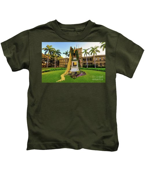 Statue Of, King Kamehameha The Great Kids T-Shirt