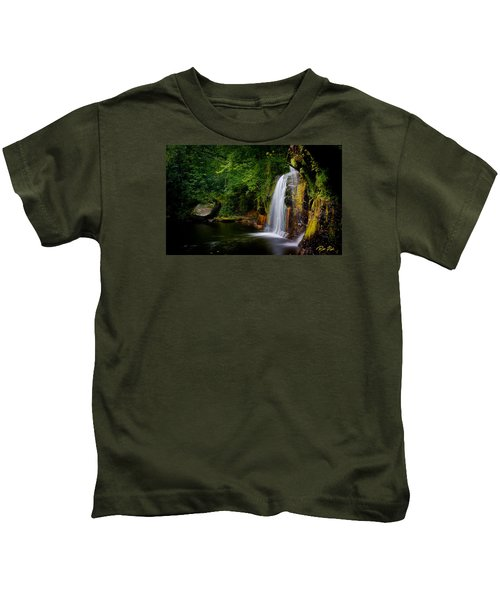 Summer At Wolf Creek Falls Kids T-Shirt