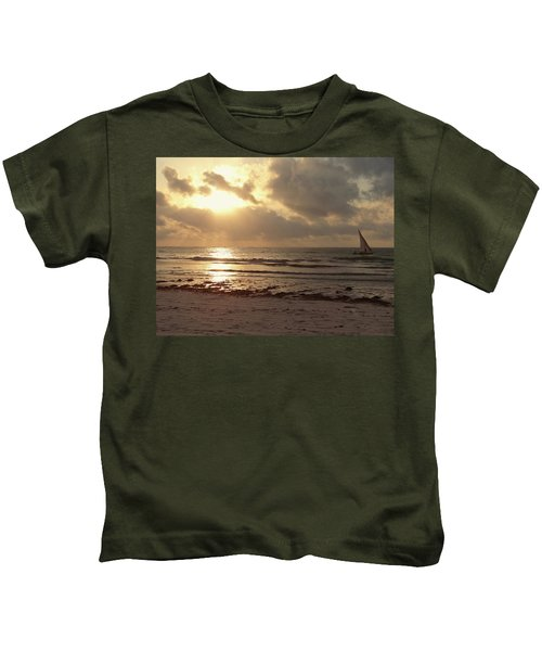 Sun Rays On The Water With Wooden Dhow Kids T-Shirt
