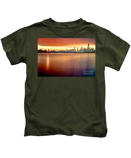 Sunrise On The Weehawken Waterfront Kids T-Shirt