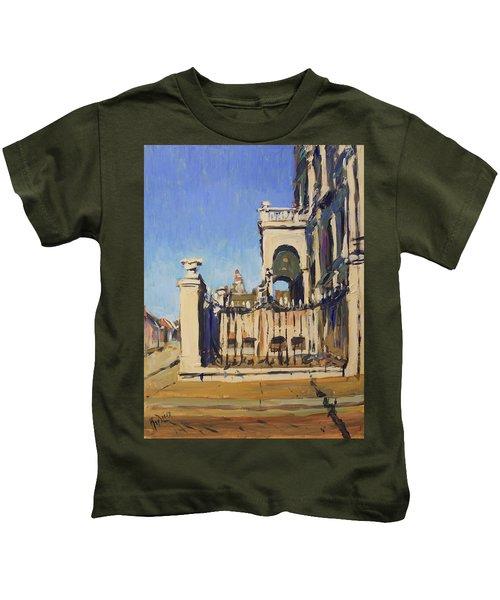 Sunset Cityhall Maastricht Entrance Kids T-Shirt