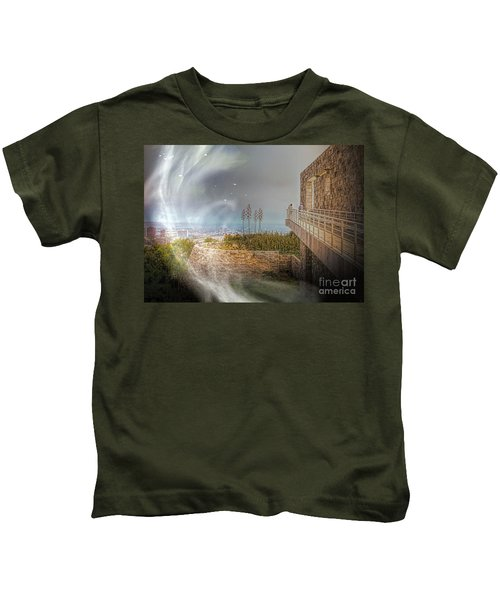 Super Natural Aliens Are Coming Getty Museum  Kids T-Shirt