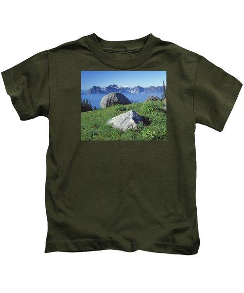 1m4862-tatoosh Range And Mt. St. Helens  Kids T-Shirt