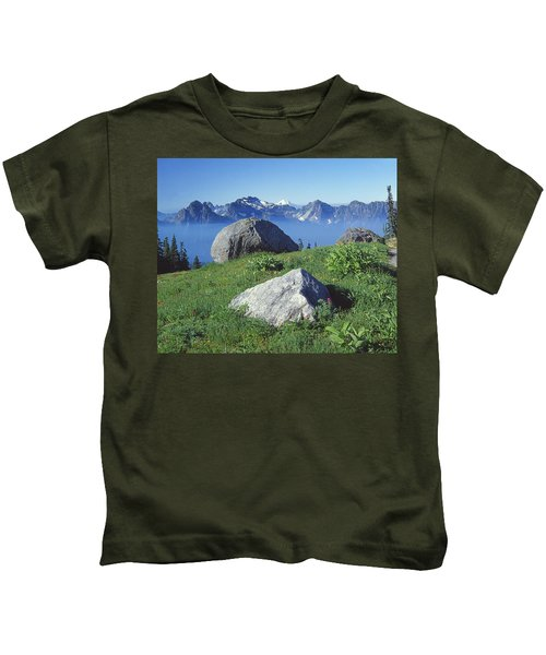 1m4862-tatoosh Range And Mt. St. Helens  Kids T-Shirt