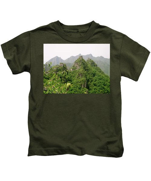 The Great Wall Of China Winding Over Mountains Kids T-Shirt