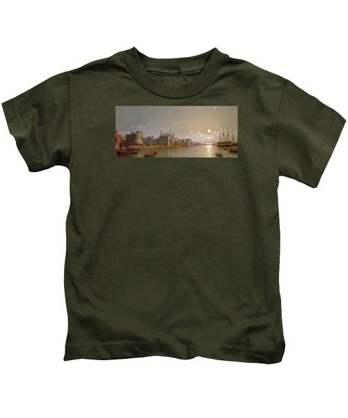 The Thames By Moonlight With Traitors' Gate And The Tower Of London Kids T-Shirt by Henry Pether