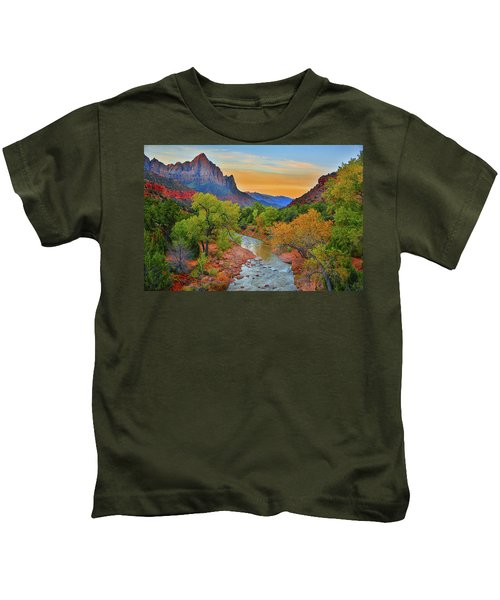 The Watchman And The Virgin River Kids T-Shirt