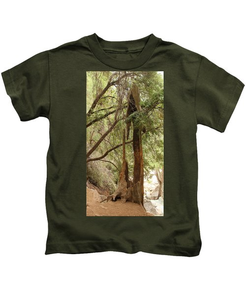 Totem Made By Nature Kids T-Shirt