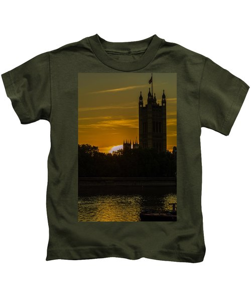 Victoria Tower In London Golden Hour Kids T-Shirt