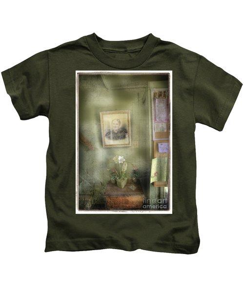 Vinalhaven Mother Kids T-Shirt