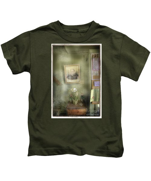 Vinalhaven Mother Kids T-Shirt