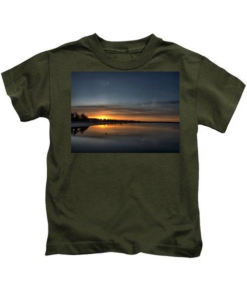 Waking To A Cold Sunrise Kids T-Shirt