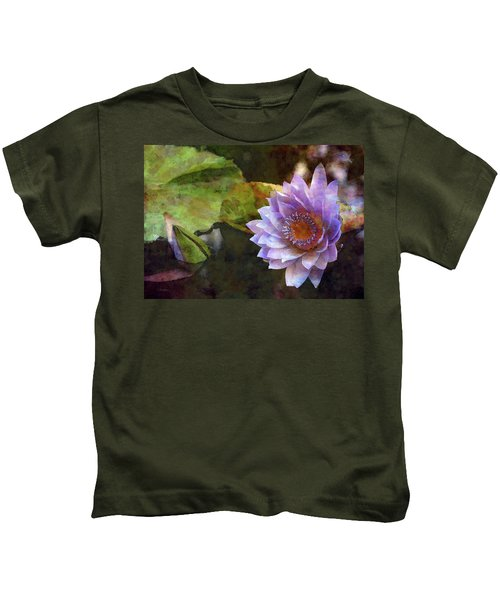 Warm Heart 4726 Idp_2 Kids T-Shirt