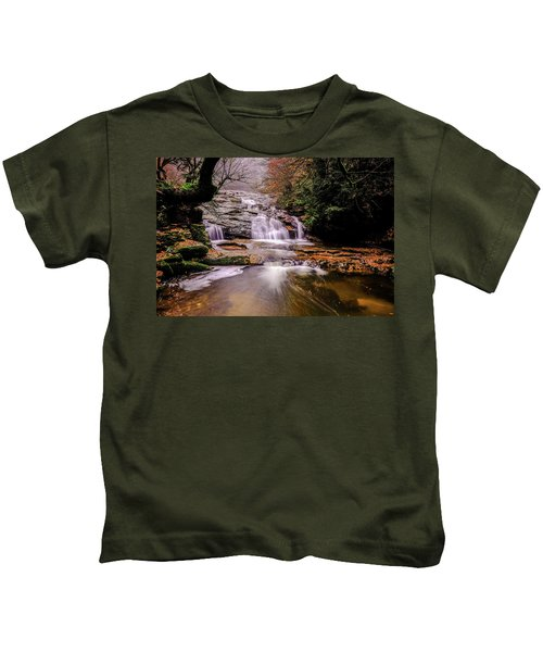 Waterfall-10 Kids T-Shirt