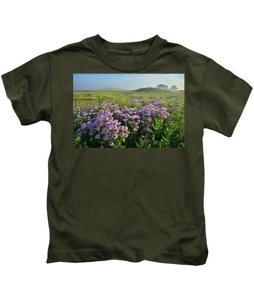 Wild Mints Galore In Glacial Park Kids T-Shirt