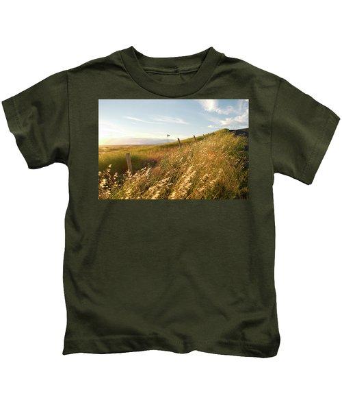 Windmill And The Fence Sundown Kids T-Shirt