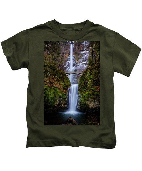 Winter At Multnomah Falls 2 Kids T-Shirt