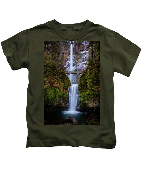 Winter At Multnomah Falls 2 Kids T-Shirt