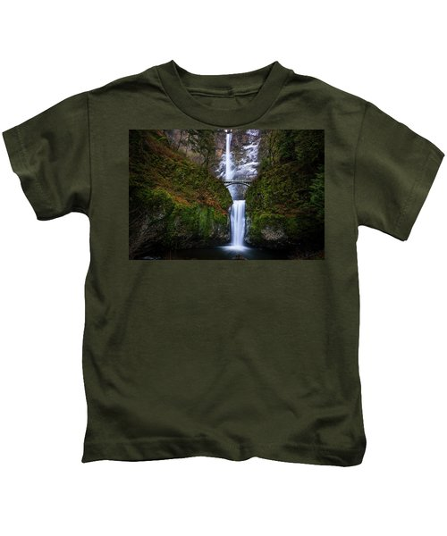 Winter At Multnomah Falls Kids T-Shirt