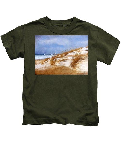 Wintertime St. Joe Lighthouse  Kids T-Shirt