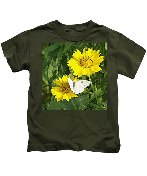 Yellow Cow Pen Daisies Kids T-Shirt