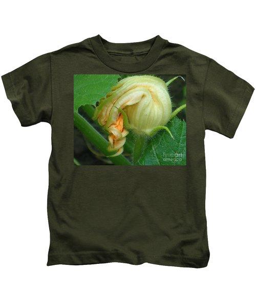 Young Pumpkin Blossom Kids T-Shirt