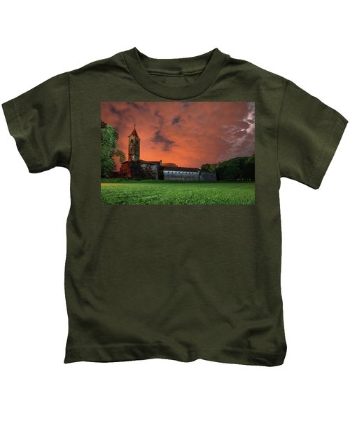 Zrinskis' Castle 2 Kids T-Shirt