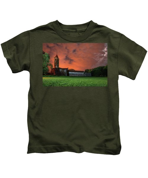 Zrinskis' Castle 2 Kids T-Shirt