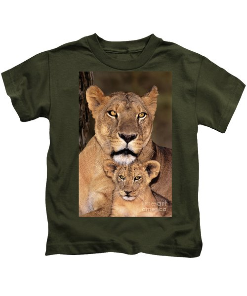 African Lions Parenthood Wildlife Rescue Kids T-Shirt