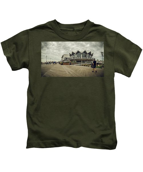 Asbury Park Boardwalk Looking South Kids T-Shirt