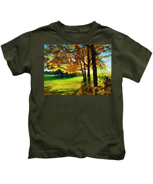 The Sun Will Rise With Healing In His Wings Kids T-Shirt