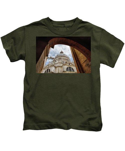 Basilica Di Santa Maria Della Salute Venice Italy Kids T-Shirt