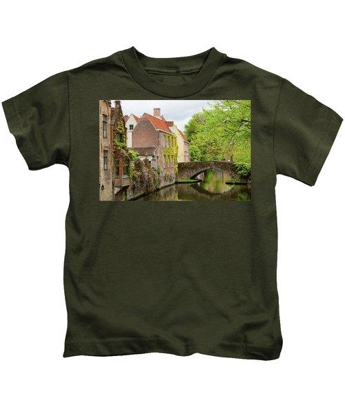 Bruges Footbridge Over Canal Kids T-Shirt