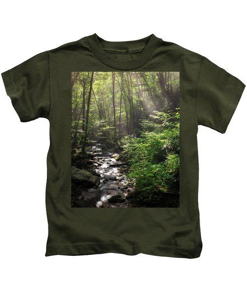 Deep In The Forrest - Sun Rays Kids T-Shirt