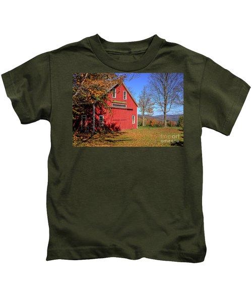 Deerefield Farm Grafton New Hampshire Kids T-Shirt