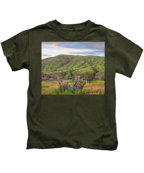 Desert Bluebell Phacelia Campanularia Kids T-Shirt
