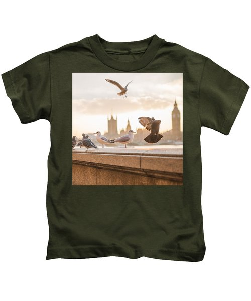 Doves And Seagulls Over The Thames In London Kids T-Shirt