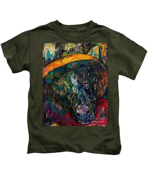 Ellie Begging  Kids T-Shirt