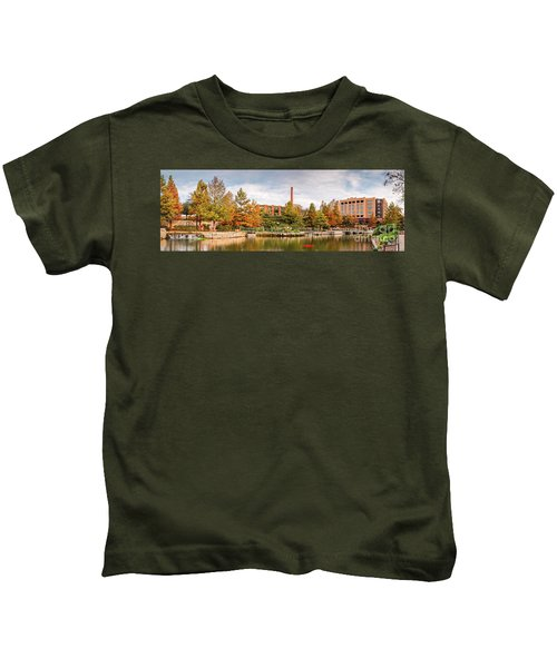 Fall Panorama Of Pearl Brewery, Hotel Emma, And San Antonio Riverwalk - Bexas County Texas Kids T-Shirt