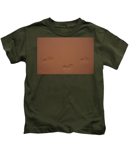 Foot Prints In Sand Kids T-Shirt